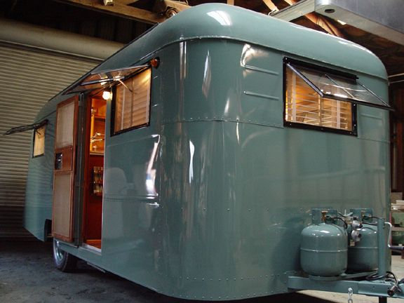 Retro #trailer. Vintage #camper. Shiny. Dreamy blue color. I want. Wish I remember where I pinned this from.
