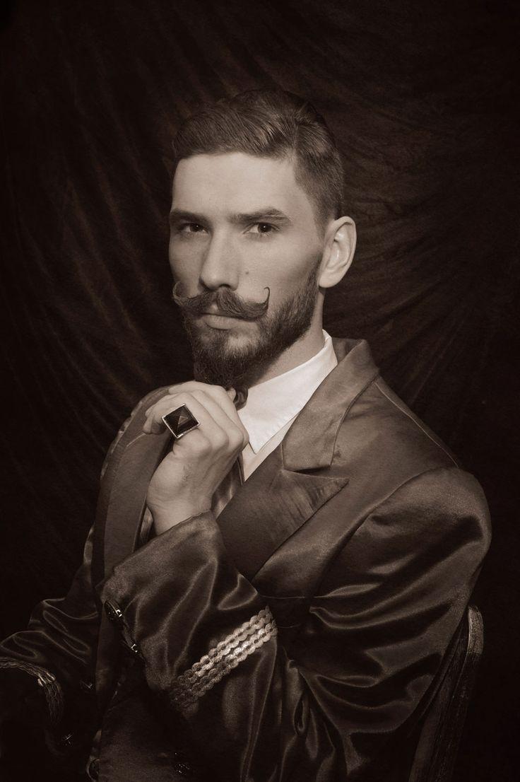 #barbershop Cyrulik Śląski  http://cyrulikslaski.pl/galeria-meska