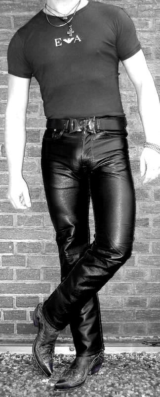 Tight Pants Gay 72