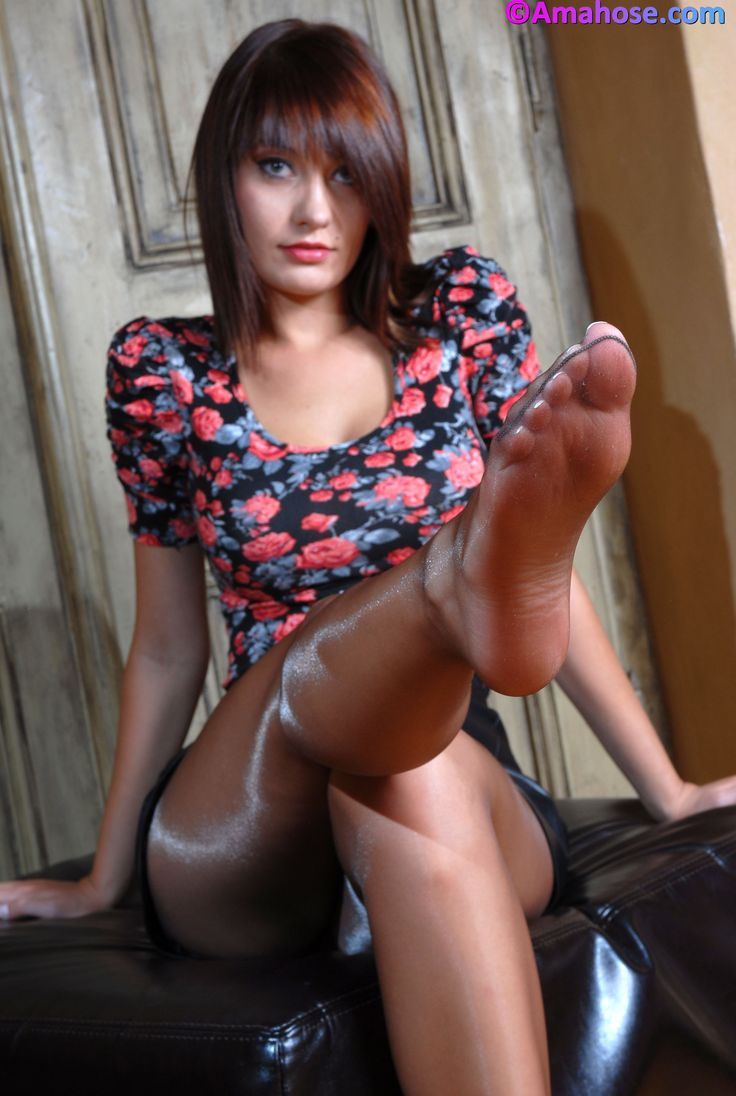 nylon footjob excellent escort