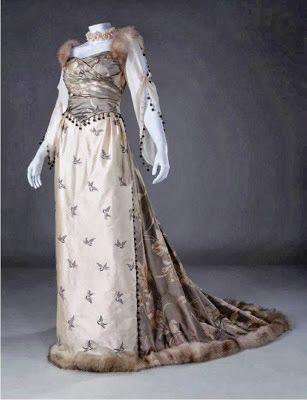 Ball gown, 1891, replica.  Silk, fur, cotton. Original dress belonged to Helena Modjeska, polish actress.  by Unicornis