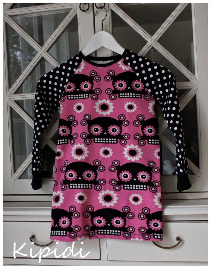 Flower skull shirt/ paita
