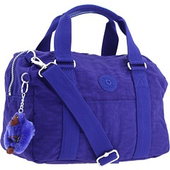 Just got this Kipling bag - love the colour and the little monkey :o)