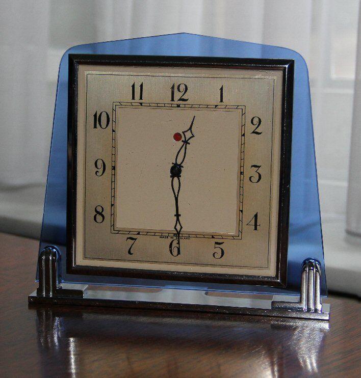 SMITHS ART DECO 1930'S BLUE GLASS ELECTRIC CLOCK