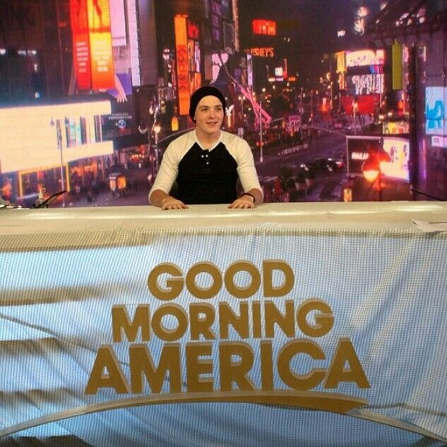 Ryland Lynch on the set of GMA 9/2/13! Supporting his siblings all the way!