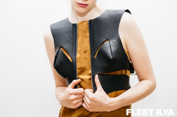 FLEET ILYA SOFT CROPPED CUT OUT HARNESS
