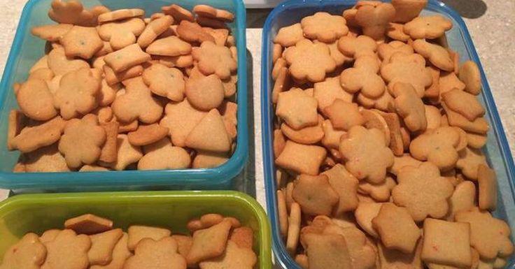 Teeny tiny honey biscuits