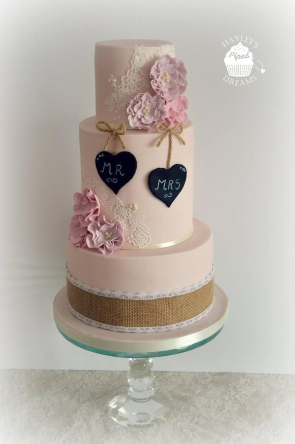 Rustic vintage wedding cake  - Cake by Pipeddreams