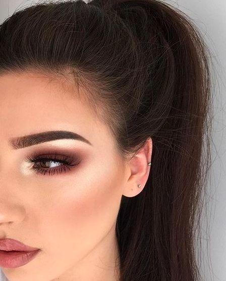 Das Wagemutigste eines Make-up-Liebhabers ist zweifellos die Herbst- und Wintersaison.   – Kış Demek Makyaj Demek!