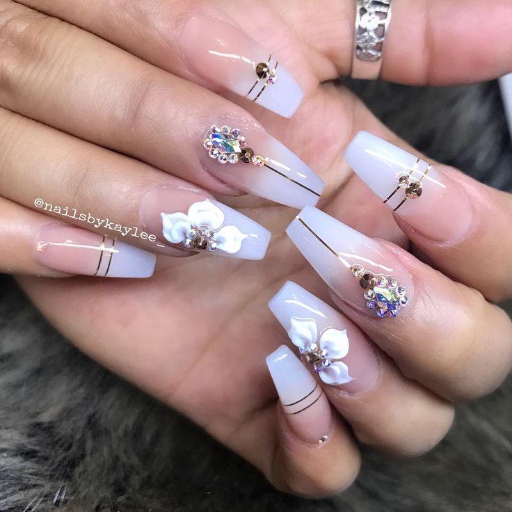 Pin de Cynthia Yadira en andy | Uñas blancas, Uñas de gel ...