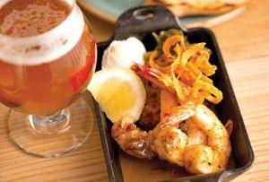 En los barrios de Chicago, Alejandro Mendoza encontró desde microcervecerías hasta restaurantes con estrellas Michelin, y se dejó fascinar por la vibrante escena gastronómica de la ciudad.