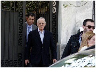 Former PASOK minister Akis Tsochatzopoulos, arrested on money laundering charges