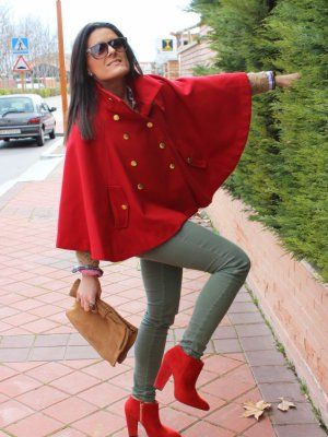 3c4710af75 Mermy Outfit casual trendy british Invierno 2012. Combinar Capa Rojo oscuro  Stradivarius