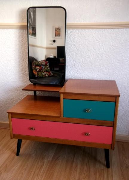 Mod furniture showcased on my site http://iantiqueonline.ning.com/ . Visit my blog  http://cdiannezweig.blogspot.com/    Vintage Retro 50s CWS Teak Veneer Vanity Dresser Chest of Drawers.