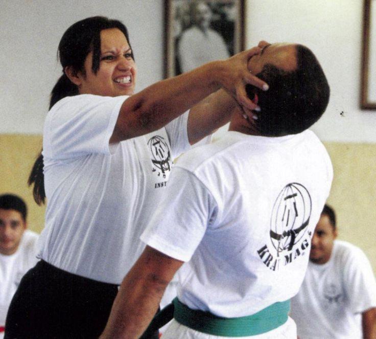 Federação Sul Americana de Krav Maga oferece treinamento gratuito de autodefesa para mulheres
