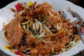 Delicious Recipes: Tauge Goreng(Fried Bean Sprouts). Special Food from Bogor, West Java