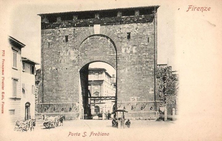 1800: Porta San Frediano ... pretty the same today!