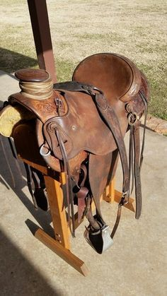 LJ Saddlery Wade Saddle for Sale - For more information click on the image or see ad # 41745 on www.RanchWorldAds.com