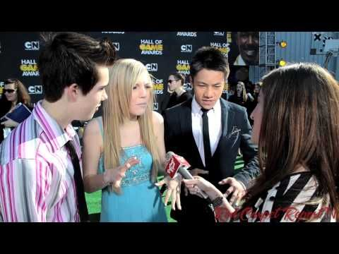 Jeremy Shada, Shauna Case, Brandon Soo Hoo at Cartoon Network's 3rd Annual #HallofGameAwards - YouTube