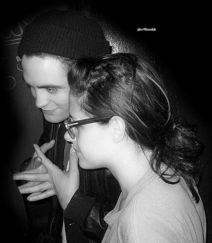 Rob & Kristen in Vancouver 2009 at sage and the dills concert