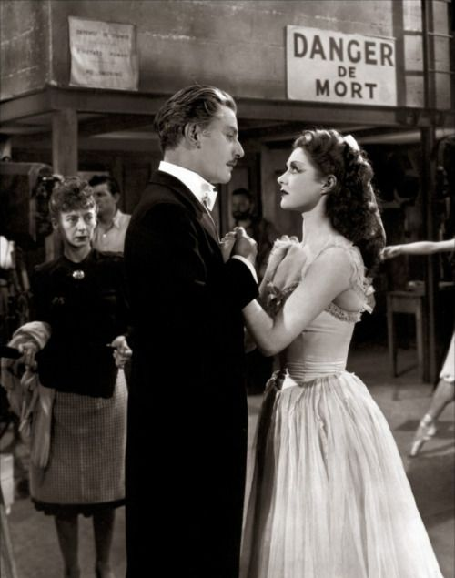 Anton Walbrook and Moira Shearer in a publicity still from The Red Shoes, 1948.