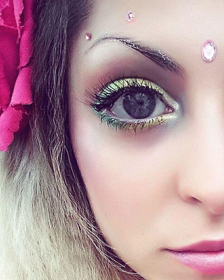 Glitter wenkbrauwen voor een feestje of festival   Esthetic Health