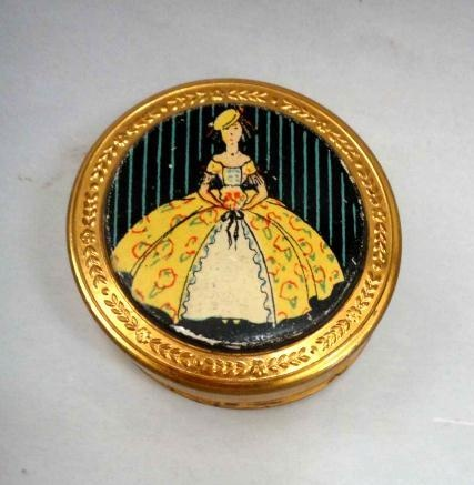617 Best Antique Amp Vintage Compacts Images On Pinterest