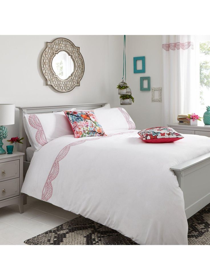 Fearne Cotton Serene Duvet Cover And Pillowcase Set In Double And King Sizesfresh From Our Favourite Fashion Star S Duvet Cover Sets White Sheets Duvet Covers