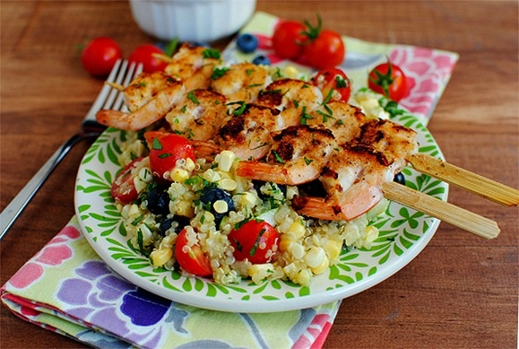 Fresh Corn & Blueberry Salad with Grilled Shrimp and Honey Lemon Vinaigrette by iowagirleats: Heaven on a plate! #Salad #Corn #Blueberry #Shrimp #Quinoa