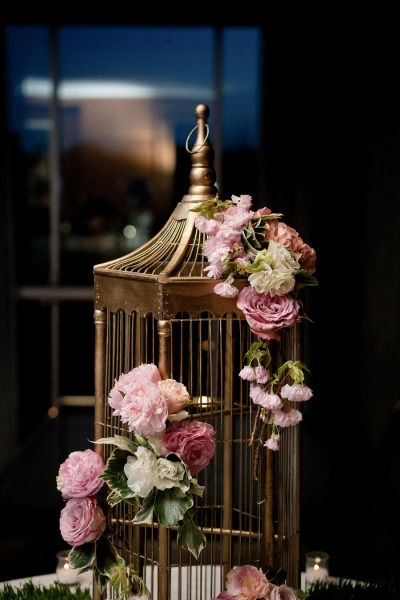 Wedding card holder: http://www.stylemepretty.com/new-york-weddings/new-york-city/manhattan/2014/05/06/traditional-ballroom-wedding-at-the-ritz-carlton/   Photography: 2Be Photo - http://2bephoto.com