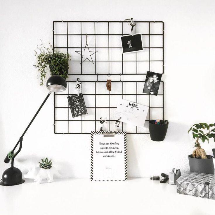 die besten 25 gitter pinnwand ideen nur auf pinterest doppelschreibtisch pastellfarbiges. Black Bedroom Furniture Sets. Home Design Ideas