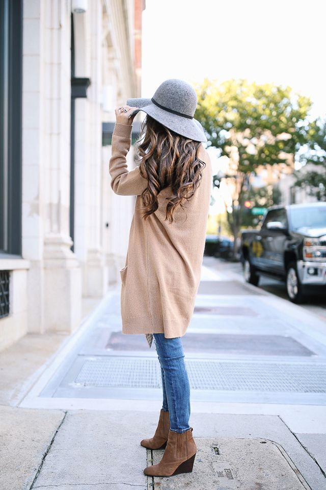 Comfy and Cozy Long Cardigan Outfits For This Season