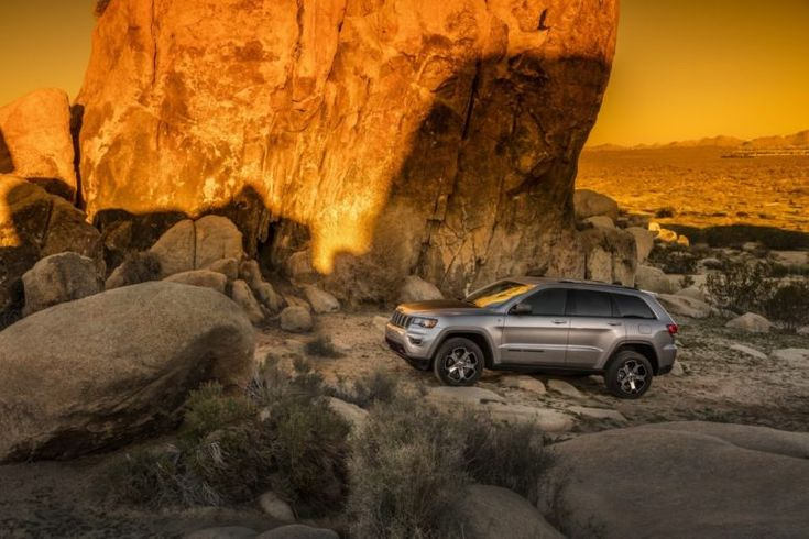 2017 Jeep Grand Cherokee Trailhawk on rough terrain: hill descent control is a must.
