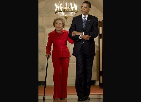 Nancy Reagan  with Obama 2009