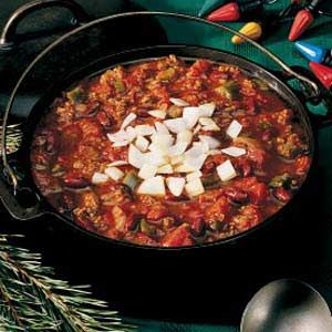 Classic Chili Recipe. Made this tonight but substituted half the ground beef for ground turkey! Turned out awesome!