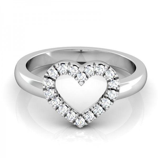 Wunderschöner Ring in Herzform. Hier werden moderne und Klassik miteinander vereint. Eine wunderschöne Abwechslung in frischem Design. #love #forever #wedding #beauty #heart #ring #diamond #best