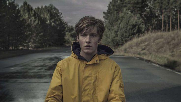 """Netflix hat am 1. Dezember seine erste deutsche Serie hochgeladen:""""Dark"""". Manches erinnert an die gefeierte amerikanische Netflix-Serie """"Stranger Things"""". Was schreiben die TV-Kritiker in den USA?"""