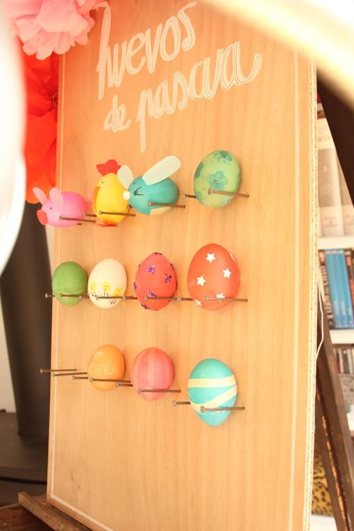Decoración de Huevos de Pascua. - Easter Eggs decoration.