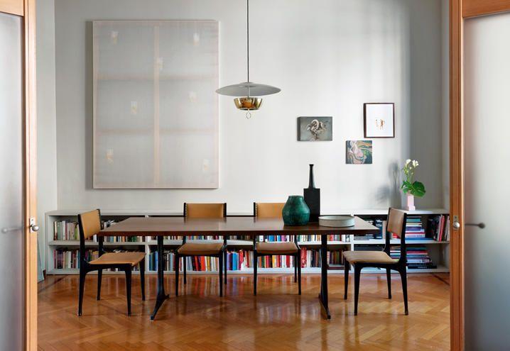 Come trasformare una casa classica con un pavimento blu