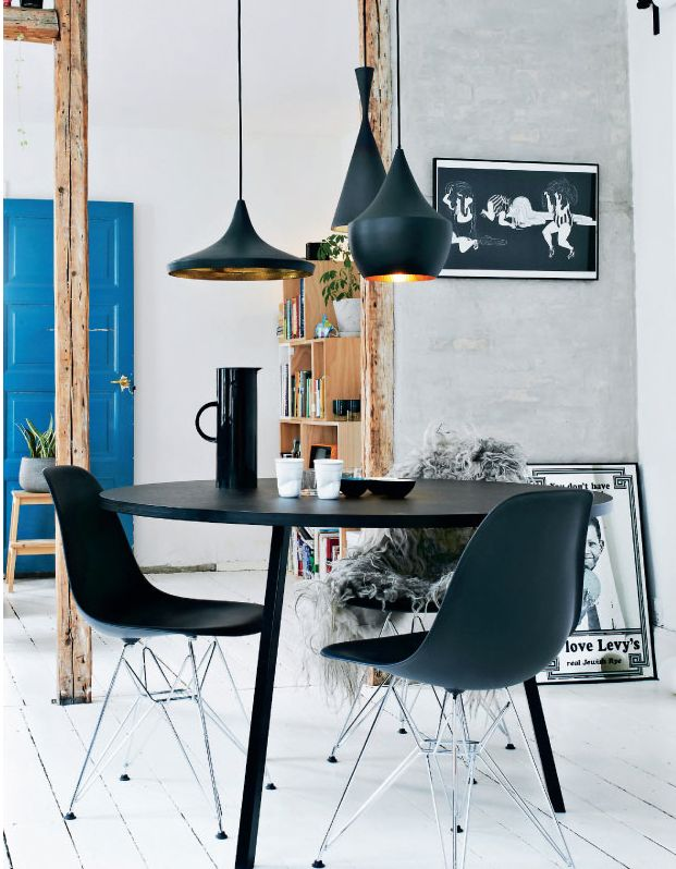 Sillas Eames Plastic Side Chair DSR | Vitra || Lámparas Beat Family | Tom  Dixon