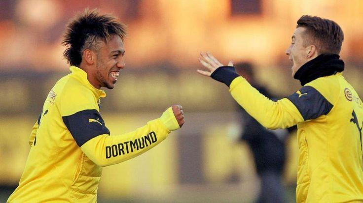 Pierre-Emerick Aubameyang und Marco Reus – Üben die BVB-Stars hier den Schnick-Schnack-Schnuck-Jubel? http://www.bild.de/sport/fussball/borussia-dortmund/planen-aubameyang-und-reus-einen-neuen-jubel-40147482.bild.html