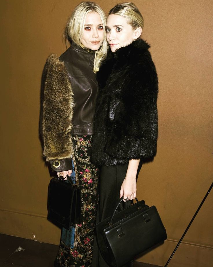 "273 Likes, 1 Comments - Mary-Kate & Ashley Olsen (@marykateandashleyo) on Instagram: ""11/10/2011 - MARY-KATE & ASHLEY AT THE PRESENTATION OF MARTHA MARCY MAY MARLENE AFTER PARTY AT THE…"""