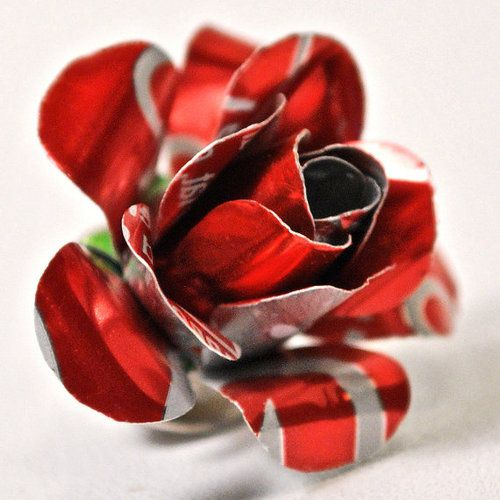 Soda can recycled into a rose. Awesome!