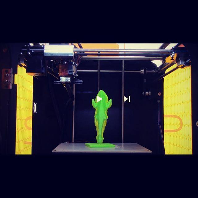 La stampante 3D Verve in azione : questa volta stampiamo la testa di cavallo Marwari del Marble Arch di Londra  Kentstrapper Verve in action printing the Marwari Horse Head Sculpture at Marble Arch, London  #3dprinting #ksverve #stampa3d #myminifactory  https://youtu.be/rf8kgen0wWA