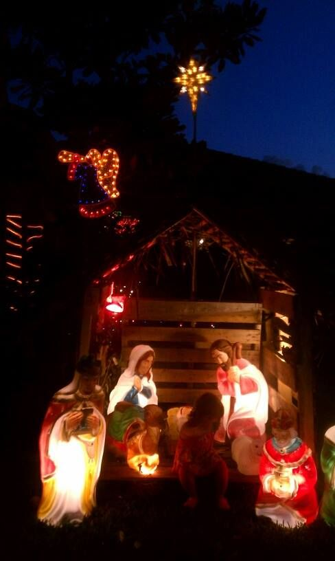 Nativity Manger made out of pallets
