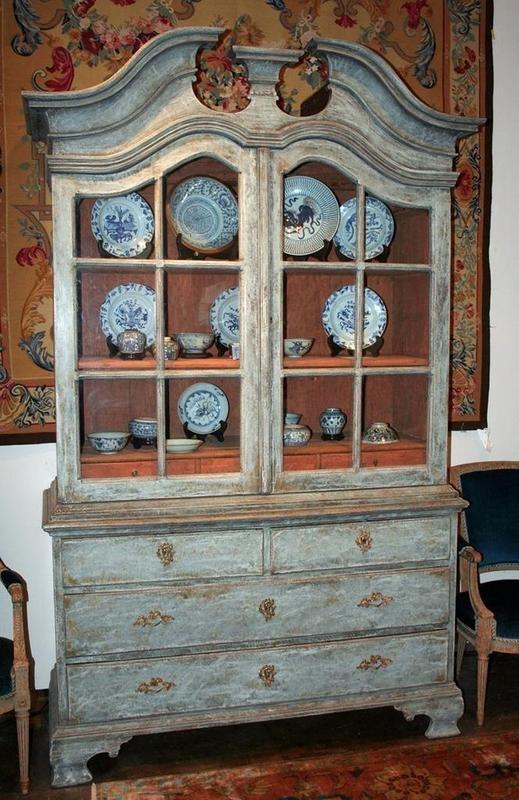 love the finish on this 18th century Swedish Baroque china cabinet