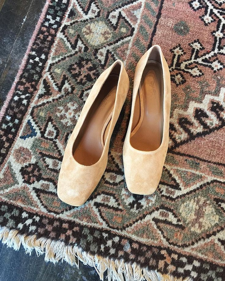 By Far Shoes Romy nude suede classic pumps / PARC shop