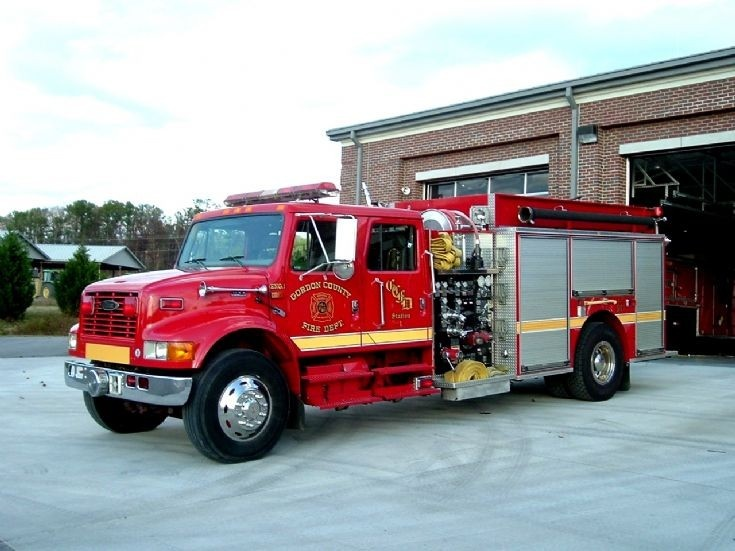228352628594e9ea677e8e926b3b5a7e semi trucks fire trucks 209 best pierce images on pinterest piercing, fire engine and arrows pierce fire truck wiring diagram at nearapp.co