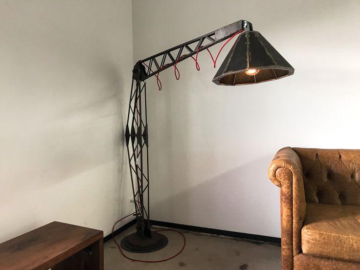 VI Lamp – Vintage Industrial Furniture