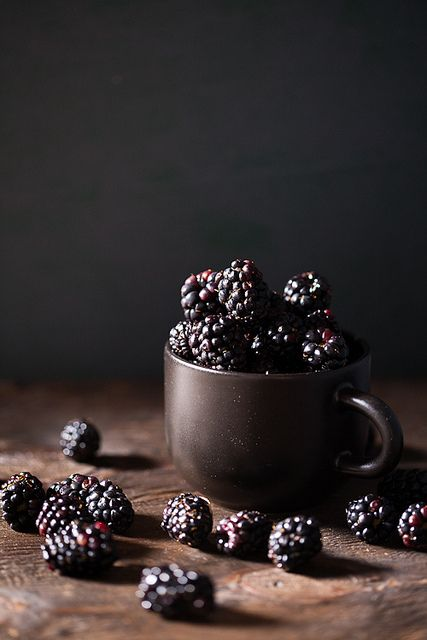 4himglory:  Blackberries by IndianSimmer on Flickr.